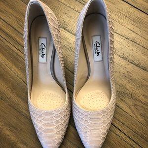 Women's Clarks 'Narrative' heel, Size 8